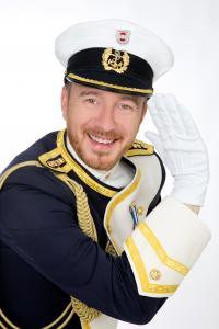 Aaron Knappstein